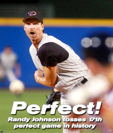 Randy Johnson throws perfect game